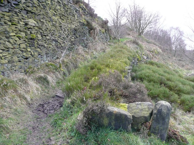 Path down from the quarry, Stainland