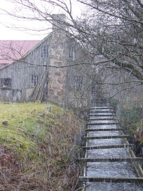 Bucket Mill Lade