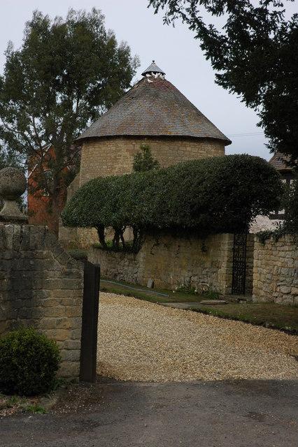 Dovecote in Little Comberton