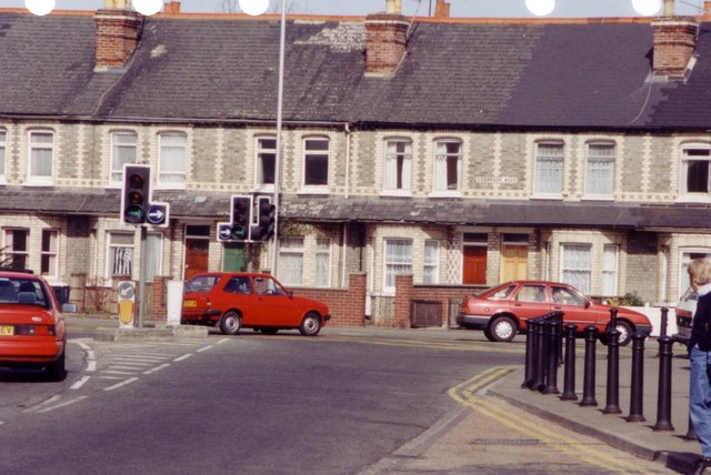 George Street at the junction with Gosbrook road 1995