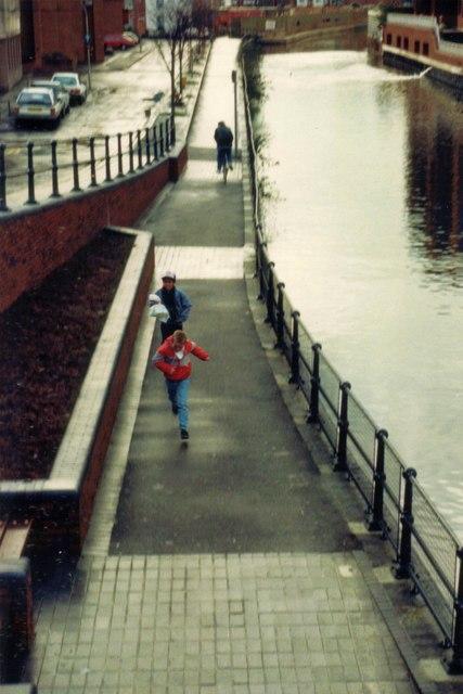 Kennet side viewed from Watlington Street Bridge