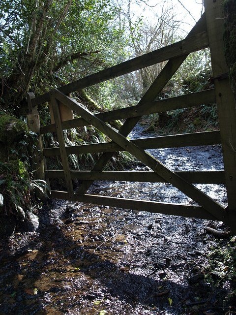 Gate on bridleway near Water