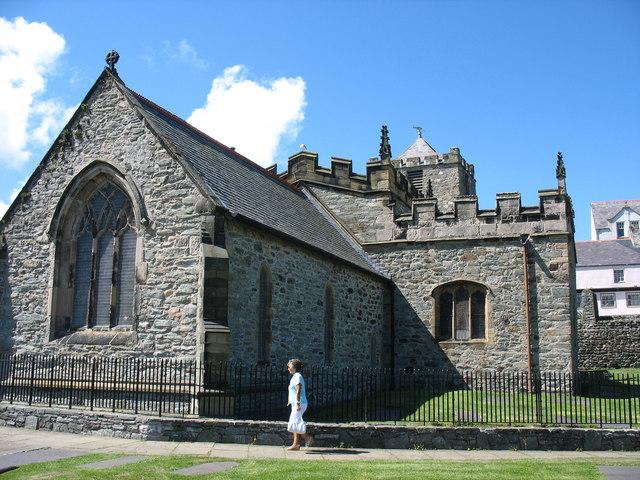 Eglwys Cybi Sant.  St. Cybi's (Church in Wales) Church