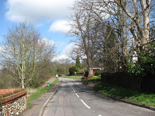 Great Hautbois Road Evelyn Simak Cc By Sa 2 0