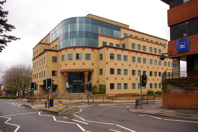 86 station road redhill ian capper geograph britain - Santander consumer finance home ...