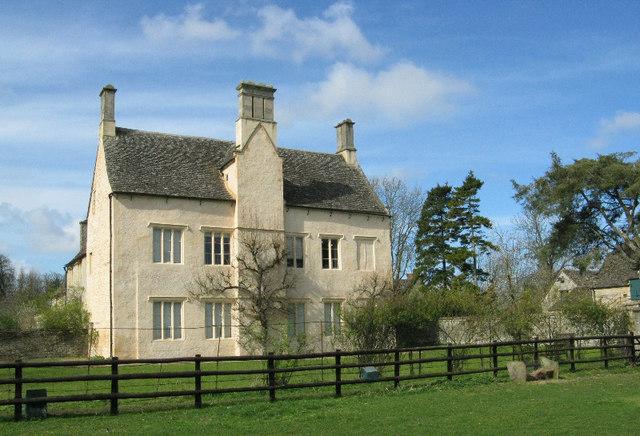 Cogges Manor Farm Museum