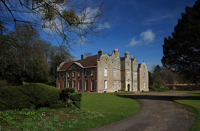Edmondsham House