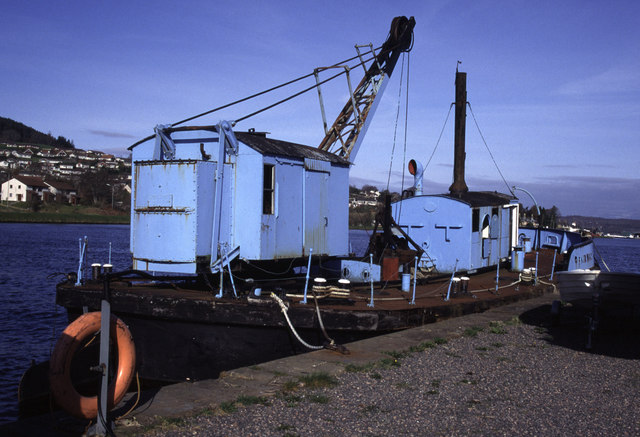 Muirtown Basin, Inverness + dredger Fairway
