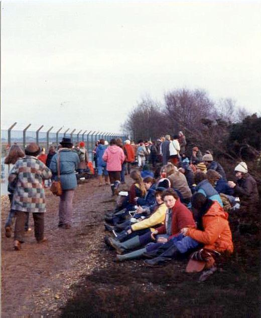 Greenham Common women's protest 1982, gathering around the base