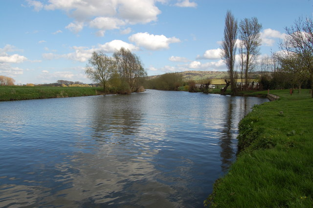 River Avon at Eckington wharf