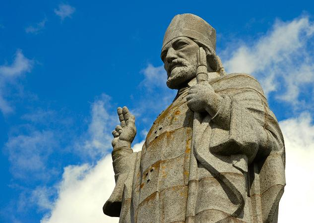 Statue of St Patrick near Saul (2)