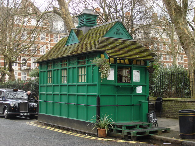 Cabmen's Shelter, Wellington Place (1)
