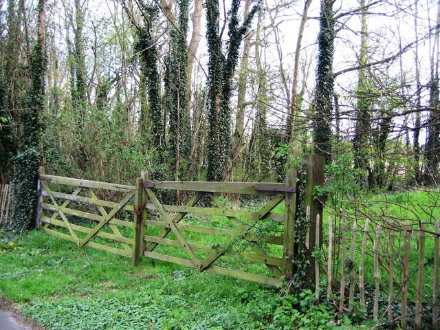 Old Farm Gates 169 Given Up Geograph Britain And Ireland