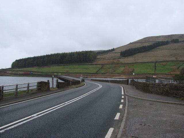The A628 crossing Woodhead Bridge