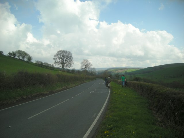 The A482 between Lampeter and Pont Creuddyn