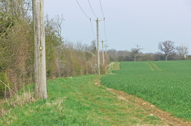 East along the Rutland Round footpath