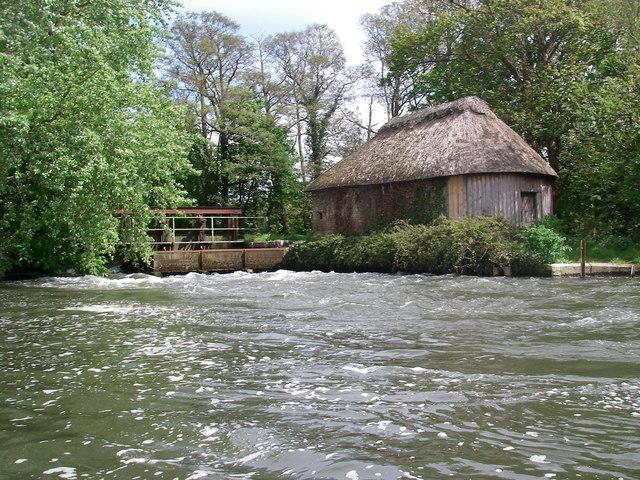 Hatches on the river Avon below Winkton