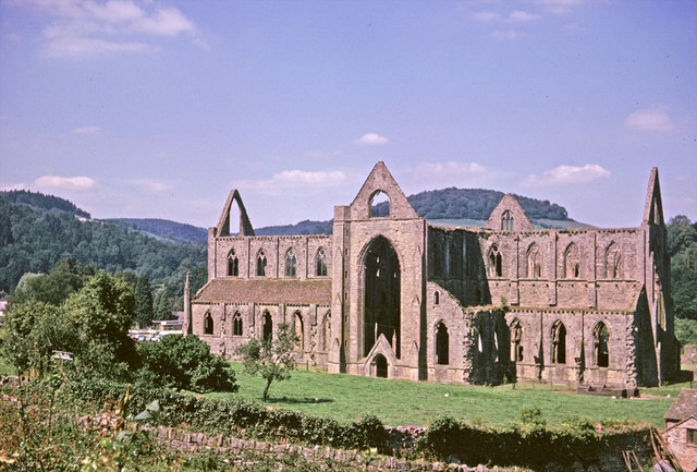 Tintern abbey gloucestershire