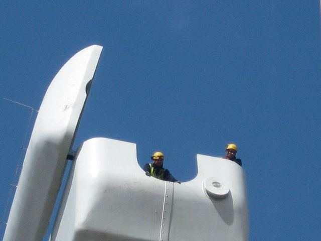 Engineers 60 metres up on top of Turbine Tower No 11