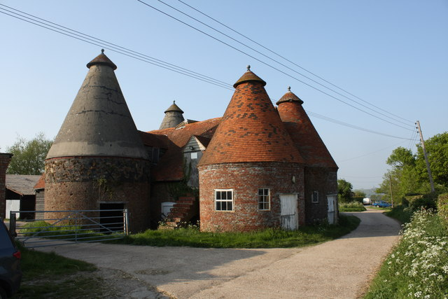 Oast Houses At Bosney Farm Grove Lane 169 Oast House