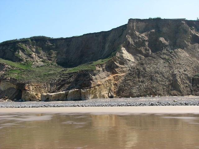 Cliff below Wood Hill