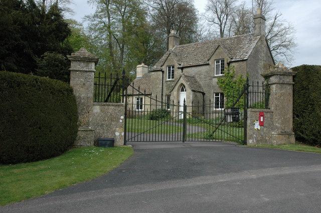Entrance To Duntisbourne House 169 Philip Halling