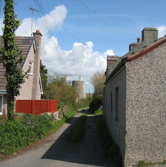 Narrow lane leading  to Melin Tyddyn Olifer