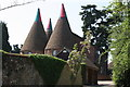 TQ9346 : Chart Court Oast, Pluckley Road, Little Chart, Kent by Oast House Archive