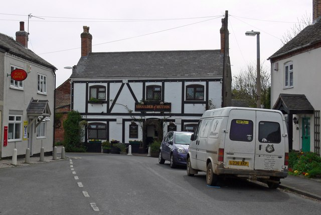 Oakthorpe pub and Post Office