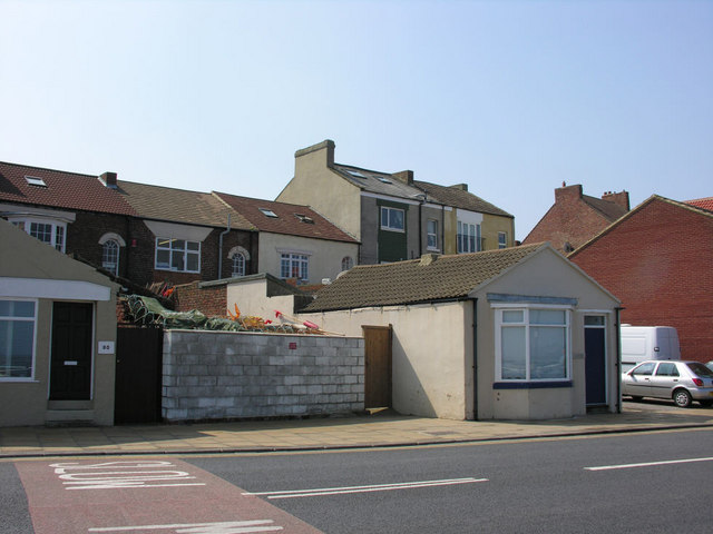 Old Cottages, Esplanade