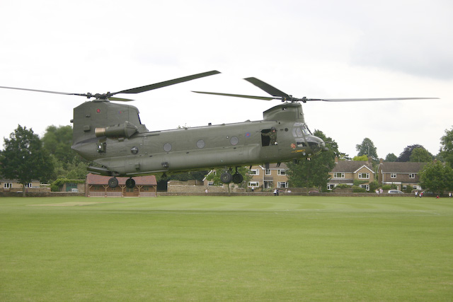 Chinook Helicopter Gallery http://www.geograph.org.uk/photo/799636