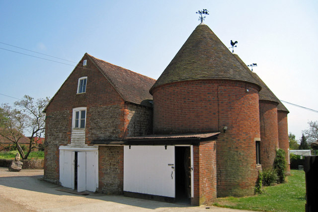 Unconverted Oast House at Great Tong, Tong Lane, Headcorn, Kent