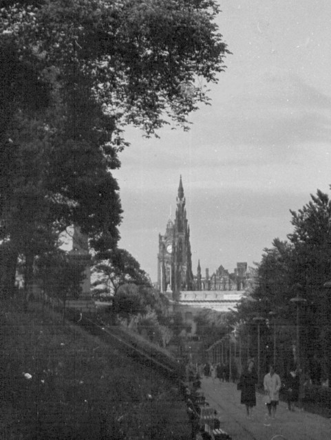 Edinburgh Scott  Monument from Princes Street gardens