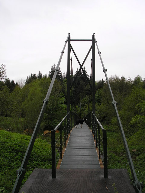 Swing bridge over the leader water iain lees cc by sa 2 for Swing over water