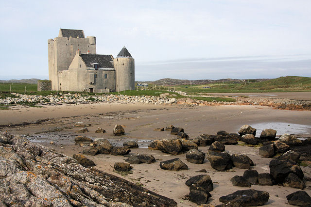 Breachacha Castle, Coll