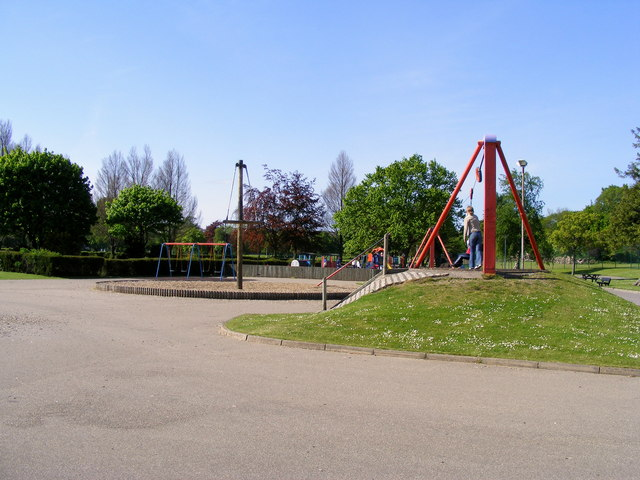 The Play Park At Cooper Park Ann Harrison Geograph