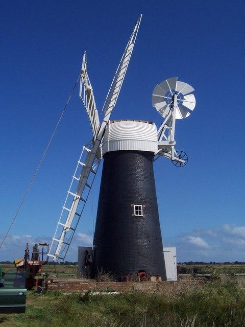 Ashtree Farm Mill - New sails