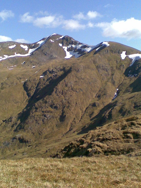 Mullach Fraoch-choire from its NW ridge