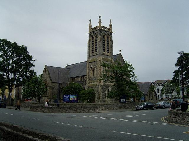 Eglwys Y Drindod (Holy Trinity Church)