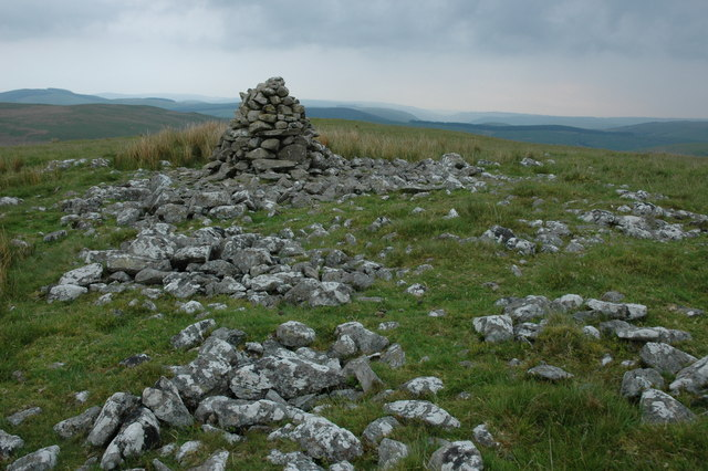 Cairn on Darren