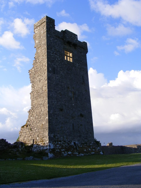 Shanmuckinish Castle, Muckinish West Townland