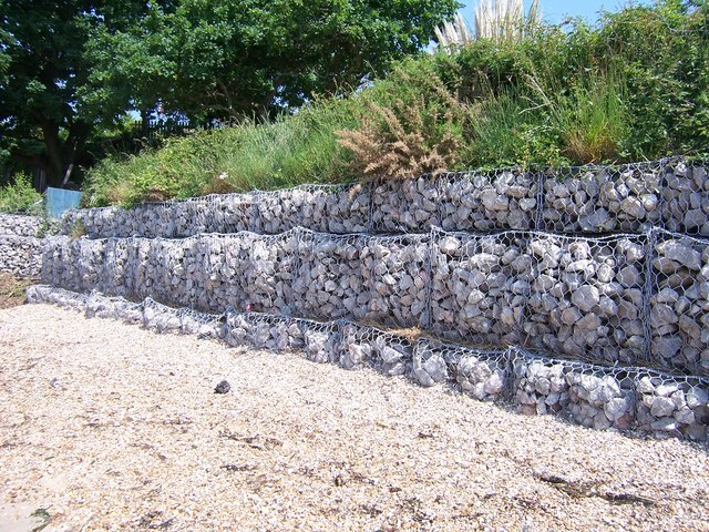 gabions 1 netley colin babb cc by sa 2 0 geograph britain and ireland. Black Bedroom Furniture Sets. Home Design Ideas