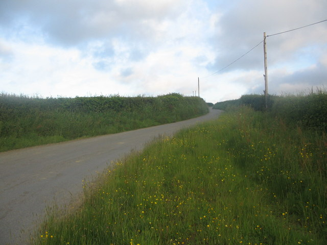 Approaching West Summerleaze