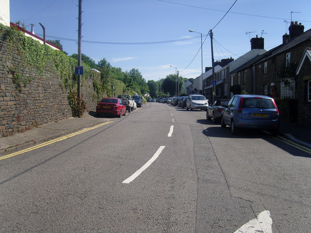 Main Road, Cross Inn