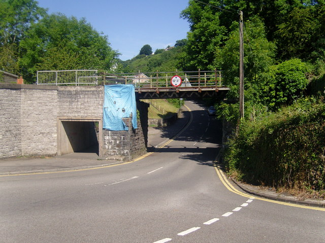 Railway bridge and road junction, Cross Inn