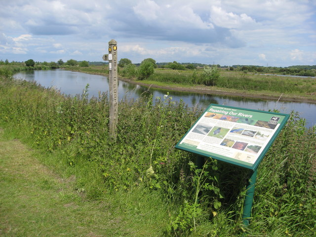 River Tame and Footpath
