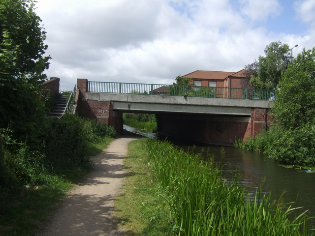 Pratts Mill Bridge - Wyrley and Essington Canal