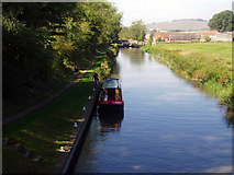 SU2063 : View west from Heathy Close Bridge 107, Kennet and Avon Canal by Dr Neil Clifton