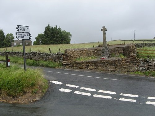 War Memorial, Cowshill