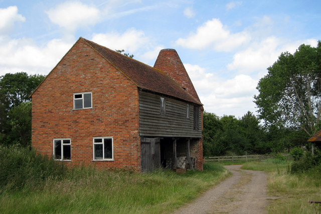 Unconverted Oast House at Place Farm, Water Lane, Headcorn, Kent
